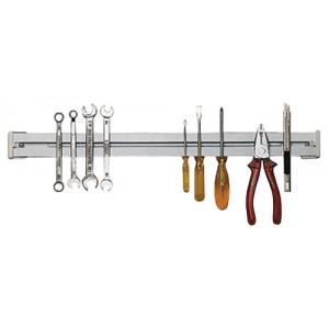 Magnetická lišta pre prichytenie nástrojov